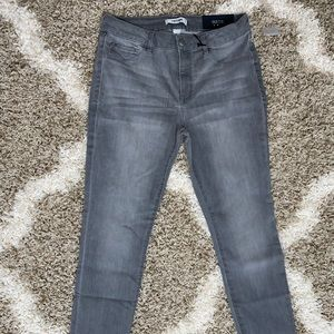 Jeans ! Charlotte Russe